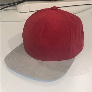 Gents Burgundy and Gray Suede Hat
